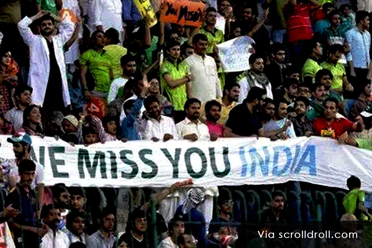 Witty Banners At Cricket Matches (2)