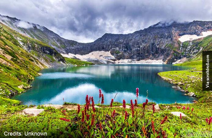 Ratti-Gali-Lake,-Neelum-Valley