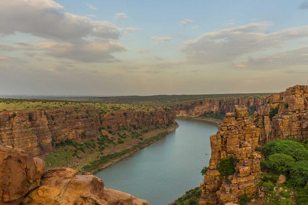 India Natural Wonders - Grand Canyon Of India