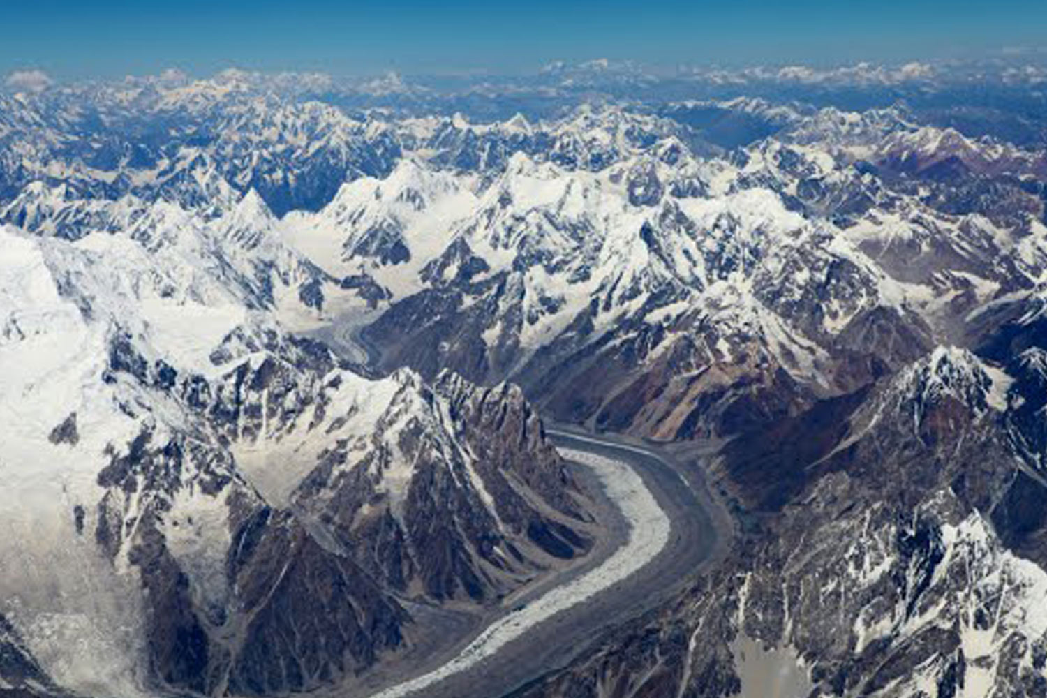 Interesting Places In India- Highest Motorable road in the World: Mana Pass