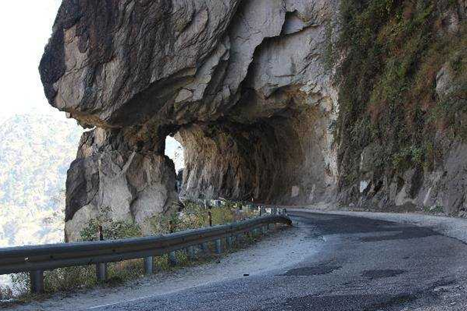 Roads in India Which Are As Deadly As Beautiful-Kinnaur Road