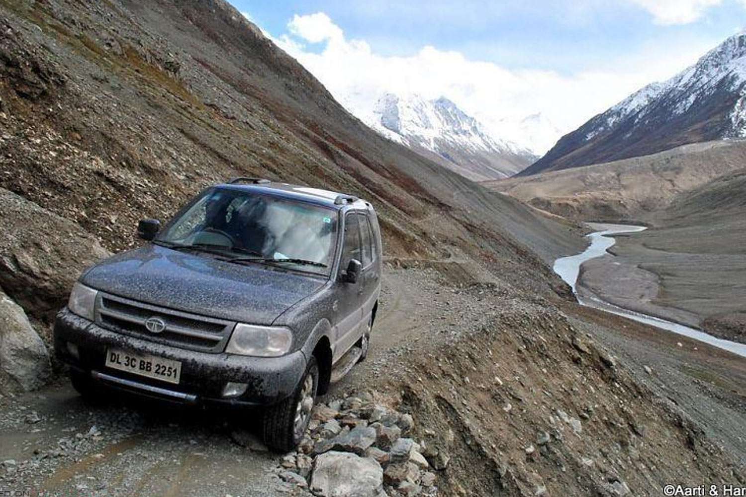 Roads in India Which Are As Deadly As Beautiful-Road to chandrataal