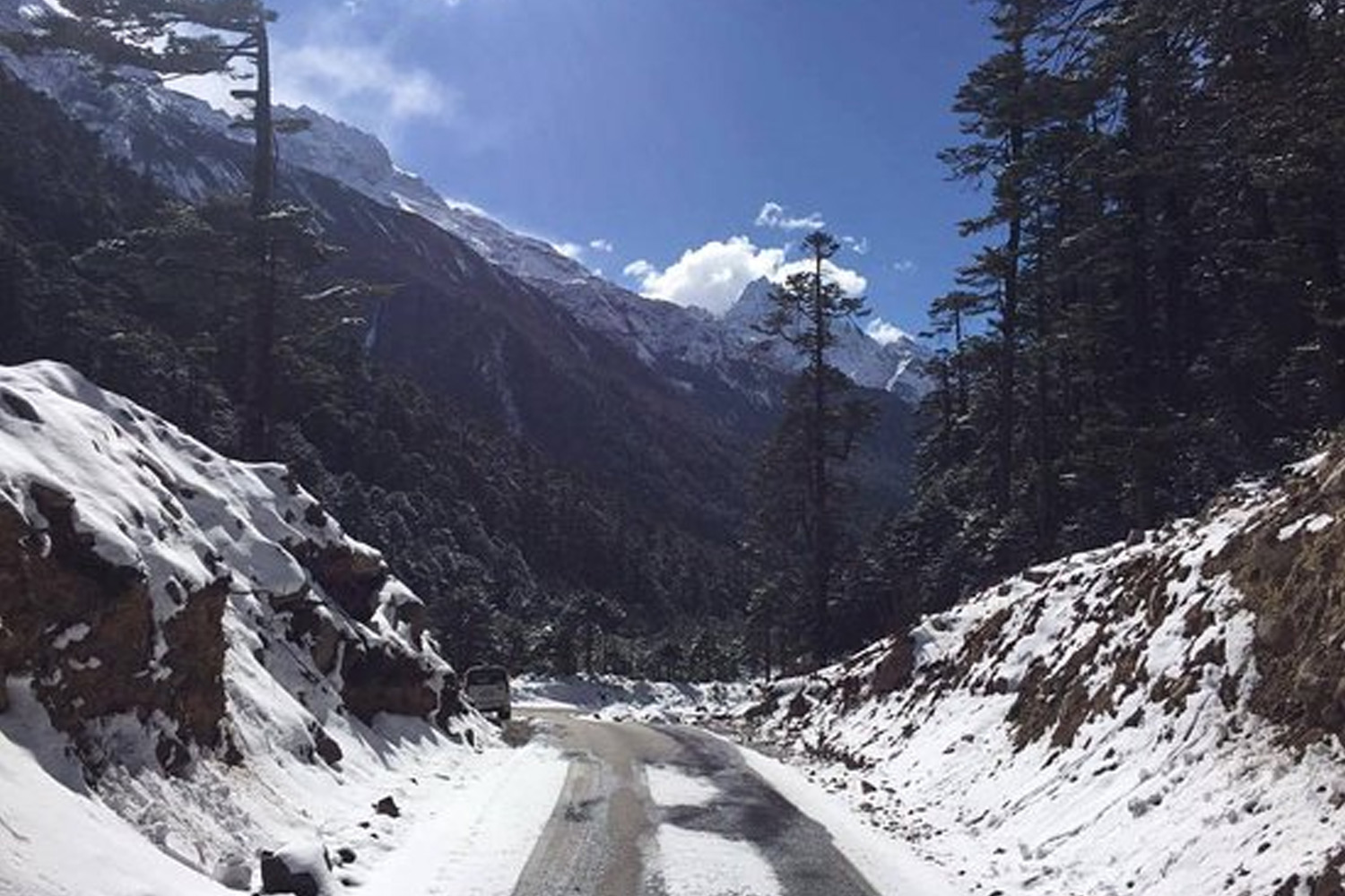 Roads in India Which Are As Deadly As Beautiful-lachung