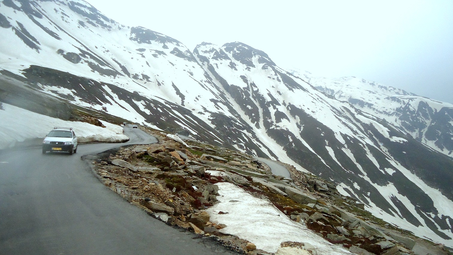 Rohtang Pass – Dangerous Roads Of India'
