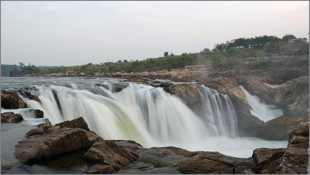Dhuadhar Waterfall – Bhedaghat – Madhya Pradesh – Most Beautiful Waterfalls Of India