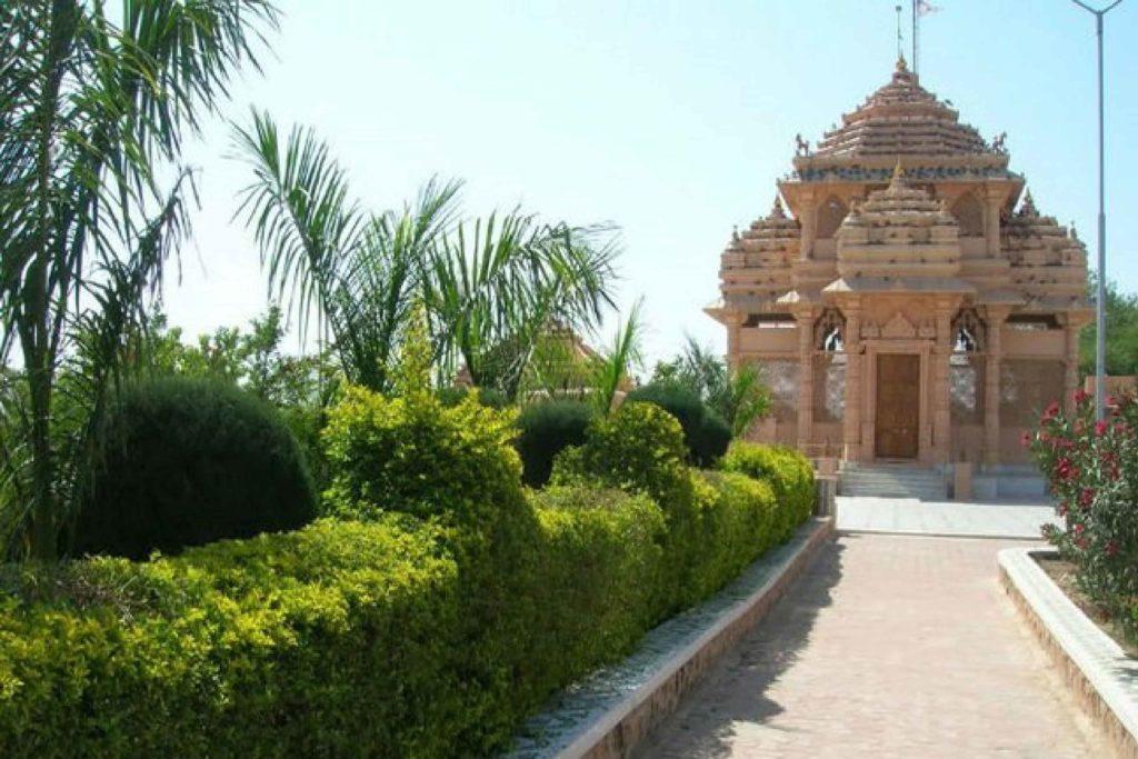 Dola Mata - The Hindu Temple With a Muslim Goddess